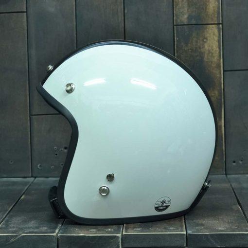 Mũ bảo hiểm 3/4 dammtrax màu sữa sọc đen