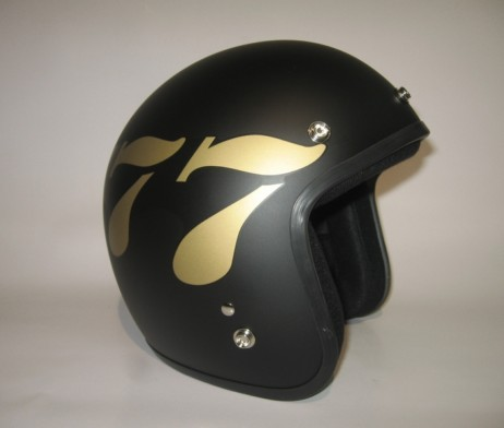 dammtrax-cafe-racer-777-black-gold-matte-1