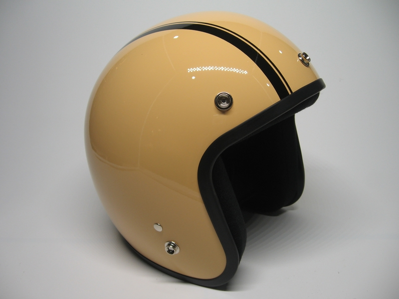 dammtrax-cafe-racer-high-cream-black-1