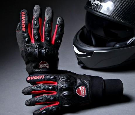 Găng tay dài ngón Ducati