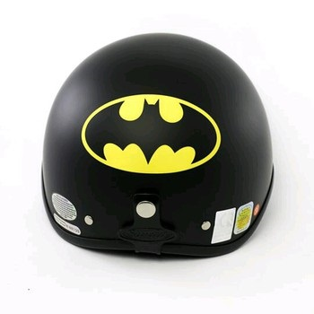 mũ bảo hiểm batman
