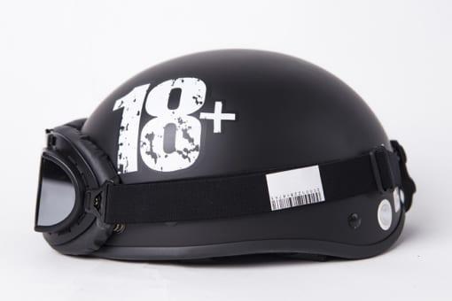 mũ bảo hiểm 18+