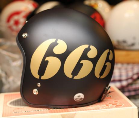 Mũ bảo hiểm dammtrax Thái Lan số 666