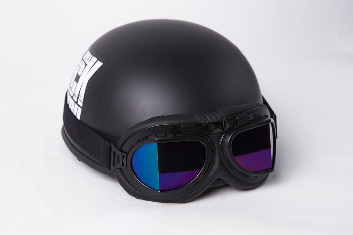 mũ bảo hiểm có kính phi công